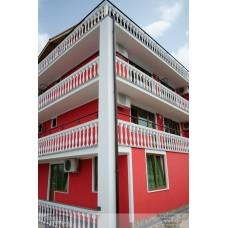 "Отель ""RED HOUSE"""